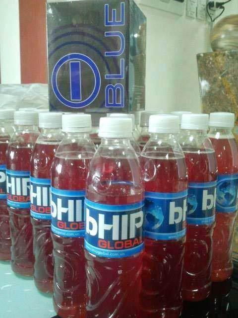 iBlue được pha ra chai để sử dụng
