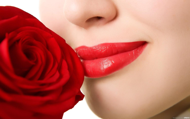 Một đôi môi căn mọng với Lissio HA
