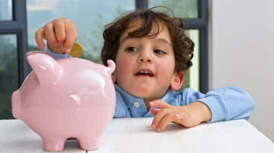 Giúp trẻ nhỏ biết quý trọng đồng tiền
