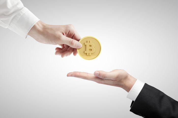 Thanh toán hàng hóa bằng bitcoin