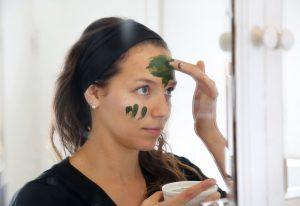 đắp mặt nạ giá rẻ từ thiên nhiên điều trị nám tại nhà